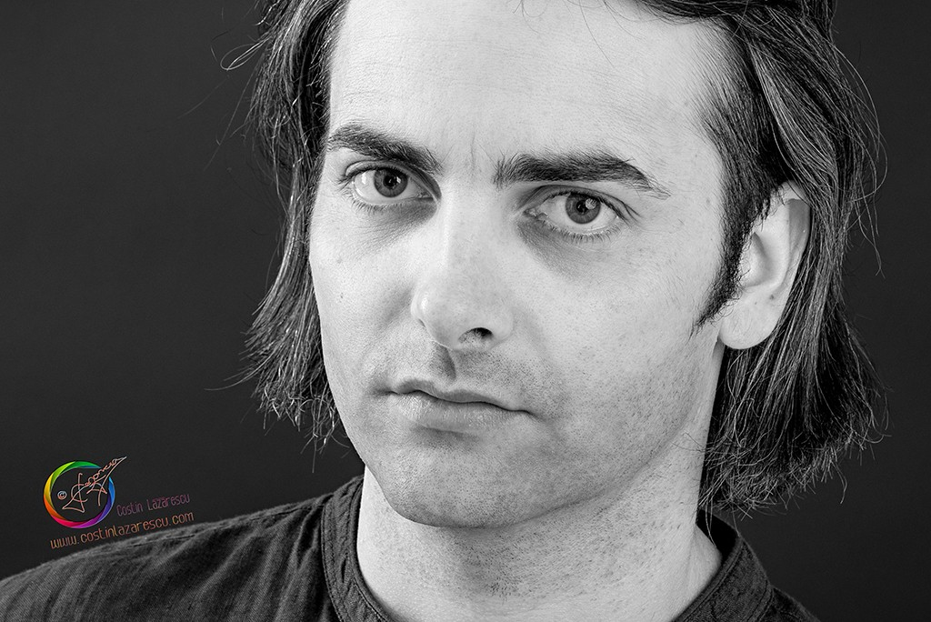 Head Shot 4 bw crop